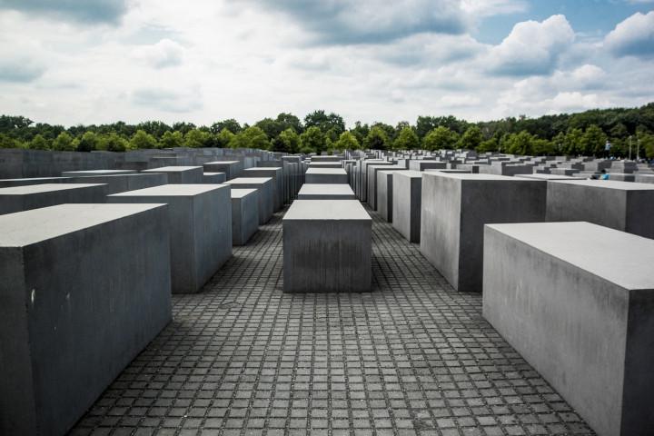 PRENOSIMO: Suočavanje sa prošlošću u Srbiji (Remarker)